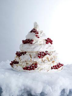 Food Photography Tips- Cloud meringue tree by Howard Shooter