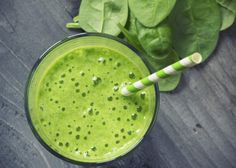 Power Green Smoothie with lots of leafy greens. Ikarians eat greens daily! #liveto100