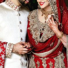 One of our beautiful brides. The Henna Circle - www.thehennacircle.com  #thehennacircle #pakistanibride #indianbride #allthingsbridal #wedding #asianbride #mendhi #henna