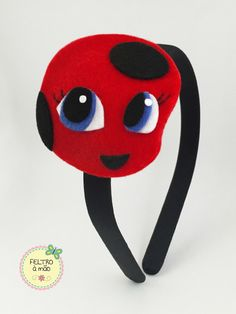 Tikki Miraculous, Ladybug Coloring Page, Miraculous Ladybug Party, Ladybug Crafts, Baby Hair Bows, Bow Hair Clips, Felt Dolls, Felt Ornaments, Felt Crafts