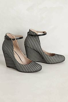 Want need love Anthro heels