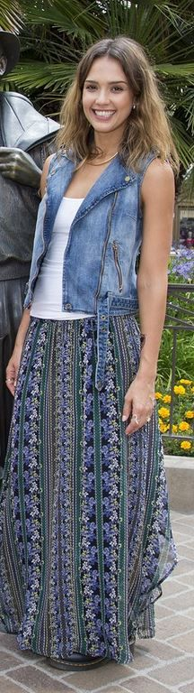 Jessica Alba in Skirt – Ella Moss  Shoes – Dr. Martens | Keep The Glamour ♡        ✤ LadyLuxury ✤