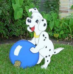 christmas yard art | Dalmation # 1 (with ornament)