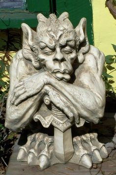what is gargoyle? this is the History of Gargoyles & Grotesques. many facts and information about this gargoyle, you must read ! Gothic Gargoyles, Architectural Sculpture, Ange Demon, Diy Tattoo, Angels And Demons, Green Man, Stone Carving, Mythical Creatures, Macabre