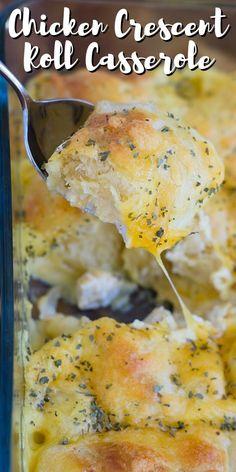 Chicken Crescent Roll Casserole Chicken Crescent Rolls, Cream Cheese Crescent Rolls, Crescent Roll Recipes, Casserole Recipes, Meat Recipes, Chicken Recipes, Cooking Recipes, Chicken Meals, Dinner Rolls Recipe