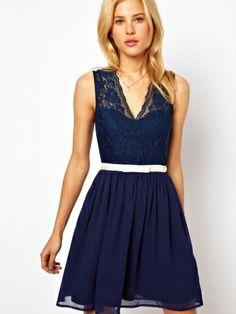 V-Neck Floral Lace Party Dress