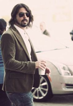 I bet it's coffee #FreshPots - YouTube it if you don't know your Dave shit...posers ha... #DaveGrohl. ~Kelly to the Bennett~