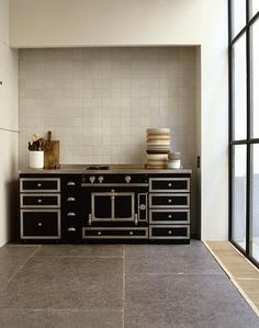 La Cornue and delft tile - Vincent Van Duysen