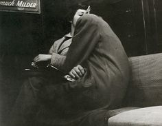 Arthur Leipzig, Subway Lovers, New York, 1949.