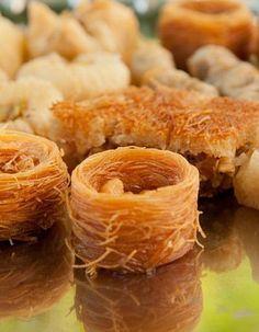 Turkish sweets #dessert #food #sweet #cake #pancake #cupcake #chocolate #candy #sweets #jelly #food #yummy #wedding cake #torte #sachertorte #chocolate Torte #chocolate candy #table #cream #turkey