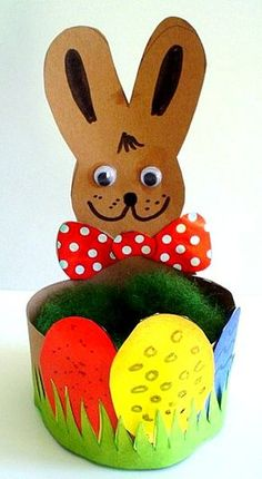 Easter basket with rabbit out of construction paper - Easter crafts - My grandson and I - Made with schwedesign.de