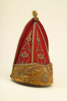 Officer's grenadier cap, 1740 (c)