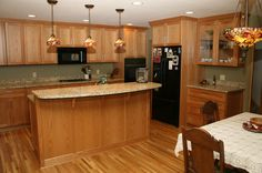 good colors for kitchens with oak cabinets