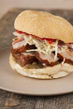 Spicy Pork Burger | Encas Récits & Recettes