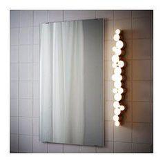 IKEA - SÖDERSVIK, Lampada da parete a LED, , Diffonde una luce uniforme, ideale per illuminare la zona intorno allo specchio e al lavabo.Puoi collocarla ai lati dello specchio per ottenere una luce efficace e non abbagliante, ideale per truccarti o lavarti i denti.Puoi scegliere tra 2 intensità luminose con un semplice tocco, grazie al varialuce a sfioramento integrato.Funziona a LED, che consumano fino all'85% di energia in meno e durano 20 volte di più delle lampadine a incandesce...