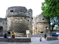 Arles: city walls
