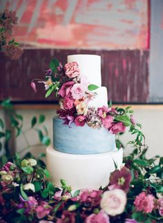 watercolor wedding cake with floral display | Photography: Kayla Barker Fine Art Photography