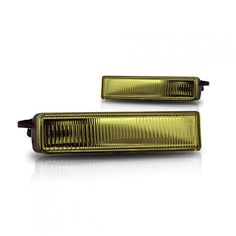 WinJet WJ30-0068-12 | 2007 Scion xB Yellow OEM Fog Lights for Wagon