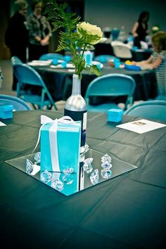 Breakfast at Tiffany's Bridal shower decorations