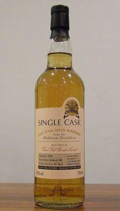 Midleton Single Cask Pot Still (CWS) by irishwhiskeysocq Irish Whiskey Brands, Scotch Whiskey, Bourbon Whiskey, I Like Beer, Pot Still, Spiritus, Wine And Spirits, Distillery, Whiskey Bottle