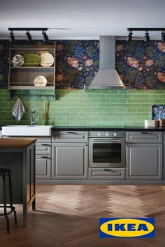 Cuisine Ikea : Grey Kitchen Cabinets Open kitchen living spaces don't have to be white kitchens. The BODBYN gray IKEA kitchen cabinets from the Grey Ikea Kitchen, Ikea Kitchen Cabinets, Kitchen Living, Rustic Kitchen, Kitchen Furniture, New Kitchen, Kitchen Decor, Ikea Kitchen Design, Furniture Nyc