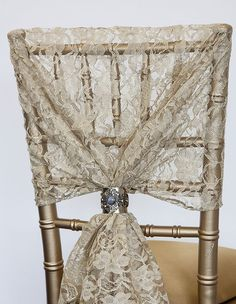Available in a variety of colours - amazing for achieving that classic vintage chic look 110cm x 130cm Lace is a stunning fabric choice for all events, a cult classic that will never go out of style and perfect for achieving a chic theme. Available in a variety of colours and different product types including, sashes, caps, runners and fabric. This hood measures at 110cm x 130cm. Please note the embellishment is sold separately.