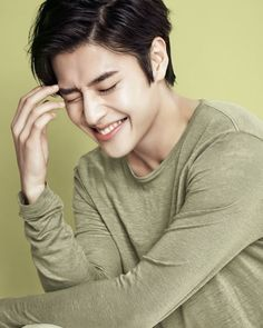 Kang Ha Neul // Moon Lovers: Scarlet Heart Ryeo & The Heirs Korean Star, Korean Men, Kang Ha Neul Smile, Ha Neul Kang, Asian Actors, Korean Actors, Oppa Ya, Scarlet Heart Ryeo, Jun Matsumoto
