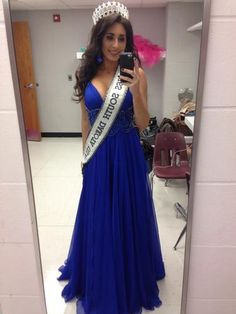 Click for more details or to contact the seller. Have something to sell? Visit www.pageantresale.com to get started! #pageantresale #pageantcocktail #sherrihill