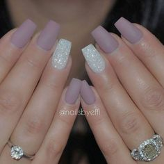Simple pretty nails beauty beautiful matt natural nails some beauty Matte Nails Glitter, Glitter Accent Nails, Purple Nails, Gel Nail Art, Acrylic Nails, Gel Nails, Nail Polish, Fake Nails For Kids, Ring Finger Nails