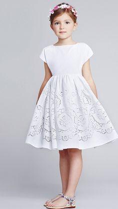 Dolce and Gabbana ~ Childrenswear Collection ~ Spring/Summer 2014 Little Girl Fashion, Little Girl Dresses, Kids Fashion, Girls Dresses, Flower Girl Dresses, Girls White Dress, Moda Kids, Little Fashionista, Stylish Kids