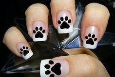 Semi-permanent varnish, false nails, patches: which manicure to choose? - My Nails Cat Nail Art, Cat Nails, Paw Print Nails, Sunflower Nails, Moon Nails, Nail Decals, Cute Nail Designs, Finger Tattoos, Nail Arts