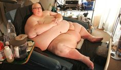 The Fattest Person in the World Lose Weight Successfully World's Strongest Man, American Splendor, Ugly Americans, Man Shed, Fat Man, Latest News Headlines, American Women, Britain, Lose Weight
