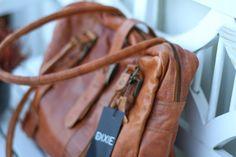 Veske - Moolo - lovelovelove  Windows Server, Madewell, Tote Bag, Clothes, Fashion, Outfits, Moda, Fashion Styles, Carry Bag