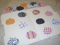 Matching File Folder Game - Great way to organize this kind of activity & easy to make.