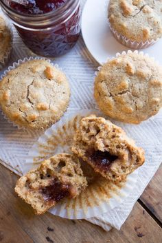 These Whole Wheat Peanut Butter and Jelly Muffins are moist, delicious, healthy, and portable, with a tasty jelly surprise in the middle. Healthy Muffins, Healthy Desserts, Delicious Desserts, Healthy Breakfasts, Healthy Recipes, Vegetable Nutrition, Peanut Butter Recipes, Natural Peanut Butter, Baking Flour