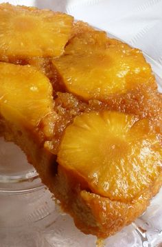 The best, most delicious Pineapple Upside Down Cake!! | www.diethood.com