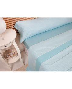 Bonito juego de sábanas con estampado geométrico en color turquesa a un precio muy barato. Todas las medidas de cama.  Revitex online especialistas en sábanas