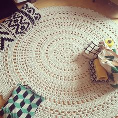 Crochet rug. Credit: Molla Mills