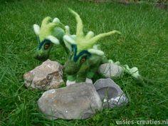 2 koppige groene draak