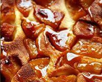 Flognarde aux pommes sous le caramel
