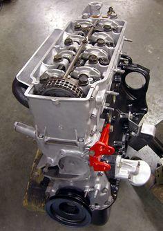 Huan Liu saved to 2002 motor Bmw M10, E28 Bmw, Bmw Engines, Bmw Motors, Bmw Series, Car Engine, Bmw Cars, Performance Parts, Cool Cars