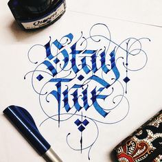 Lettering Daily is an online community providing educational and inspirational content on hand lettering and calligraphy. Our mission is to help you learn and improve your hand lettering and calligraphy skills. Tattoo Lettering Fonts, Graffiti Lettering, Types Of Lettering, Typography Letters, Calligraphy Words, Calligraphy Handwriting, Cursive, Penmanship, Design Graphique