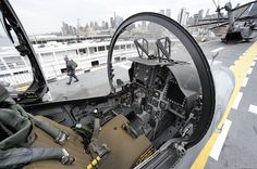 AV-8B Harrier II cockpit Aircraft Parts, Fighter Aircraft, Fighter Jets, Military Weapons, Military Aircraft, British Aerospace, Ejection Seat, Military Equipment, Royal Air Force