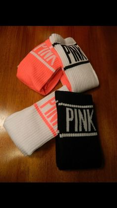 VICTORIA'S SECRET PINK 2 PAIRS OF SOCKS!!