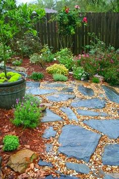 Stone and Pea Gravel path....