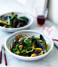 Mussels with leek, cider and saffron velouté