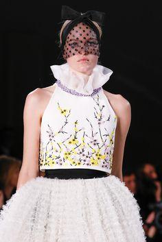 Giambattista Valli - Spring 2015 Couture - Look 50 of 102