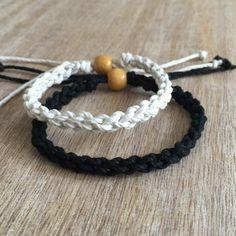 Son et son Bracelet noir et blanc Couple chanvre par Fanfarria