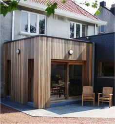 Like this cladding. Would vertical work better with the horizontal white cladding that is on the upper part of the house? Wooden Cladding, Wooden Facade, House Extension Design, Extension Designs, Extension Ideas, House Cladding, Exterior Cladding, Bungalow Extensions, House Extensions