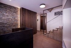Gesamtkonzept Wohnung G. - Innenarchitektur by Kotrasch Bathtub, Bathroom, Condo Interior Design, Carpentry, Timber Wood, Standing Bath, Washroom, Bath Tub, Bathtubs